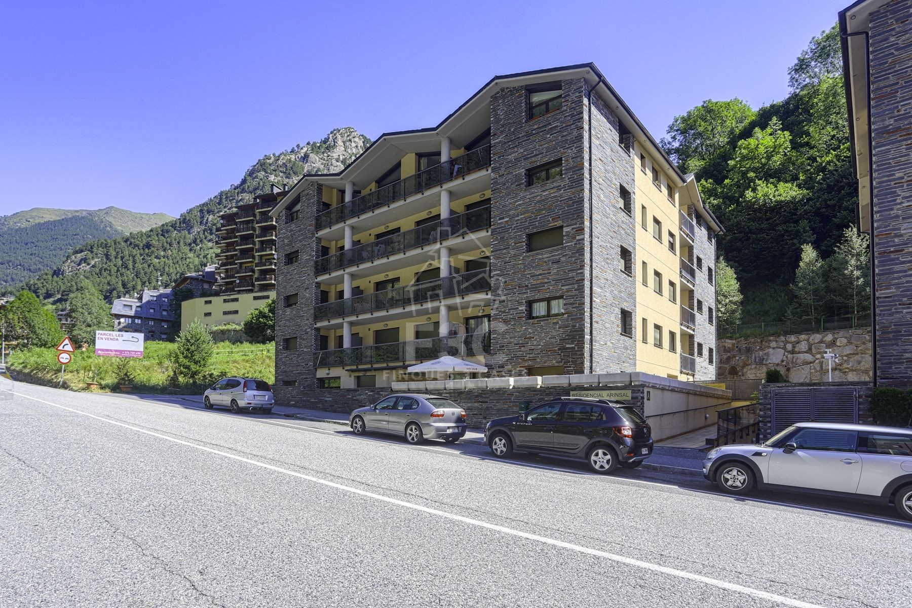 Ample plaça de parking per comprar a Arinsal